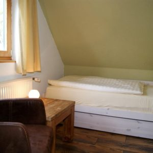Prerow Ferienhaus Lee Schlafzimmer Dachgeschoß
