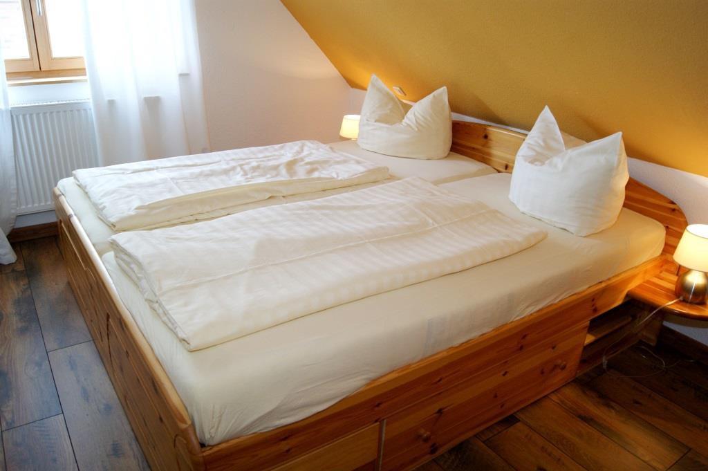 Prerow Ferienhaus Lee Schlafzimmer 1