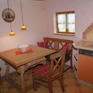 Prerow Ferienhaus Lee Esstisch