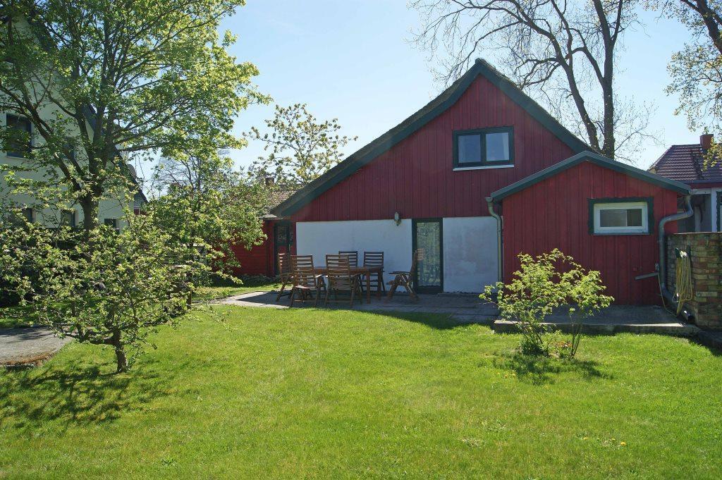 Prerow Ferienhaus Lee Garten 2