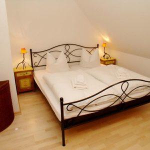 Prerow Ferienwohnung Dünengras - Ferienservice Prerow Schlafzimmer 2.2