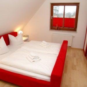 Prerow Ferienwohnung Dünengras - Ferienservice Prerow Schlafzimmer 1.1