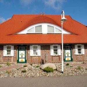 Prerow Ferienhaus Landhaus 2 - Ferienservice Prerow, Am Zentral 13 18375 Ostseebad Prerow