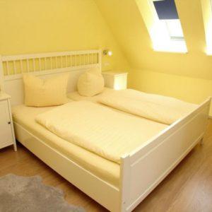 Prerow Ferienwohnung Darß Romantik - Ferienservice Prerow Schlafzimmer 1/1