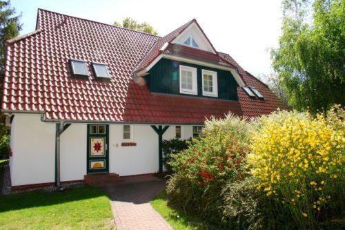 Prerow Ferienwohnung Muschelsucher 2/7 OG - Ferienservice Prerow, Hülsenstr. 22 C 18375 Ostseebad Prerow