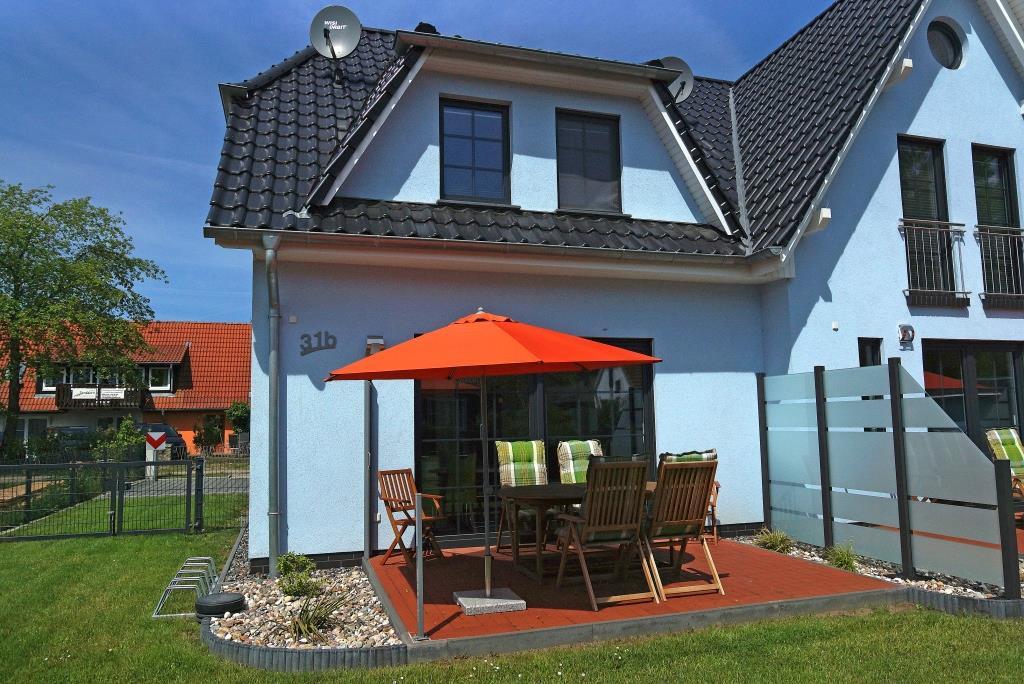 Prerow Ferienhaus Helgoland 3 - Ferienservice Prerow, Lange Straße 31 B 18375 Ostseebad Prerow