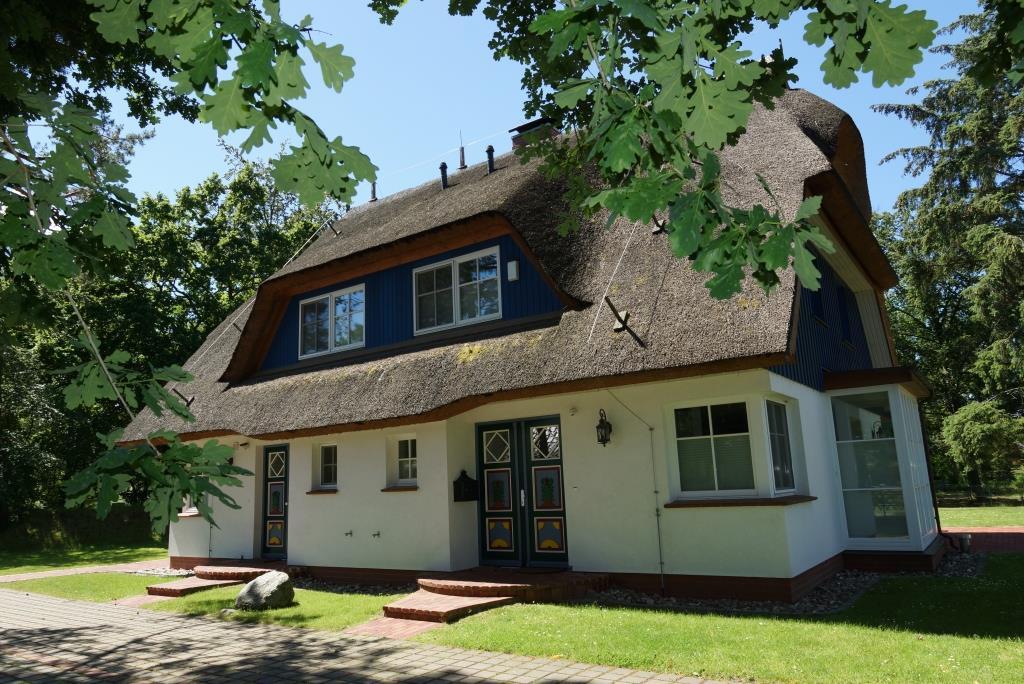 Prerow Ferienhaus Weststrand - Ferienservice Prerow, Hafenstraße 43 18375 Ostseebad Prerow