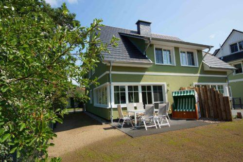 Prerow Ferienhaus Meergrün 1 Ferienservice Prerow, Hülsenstraße 27e 18375 Ostseebad Prerow